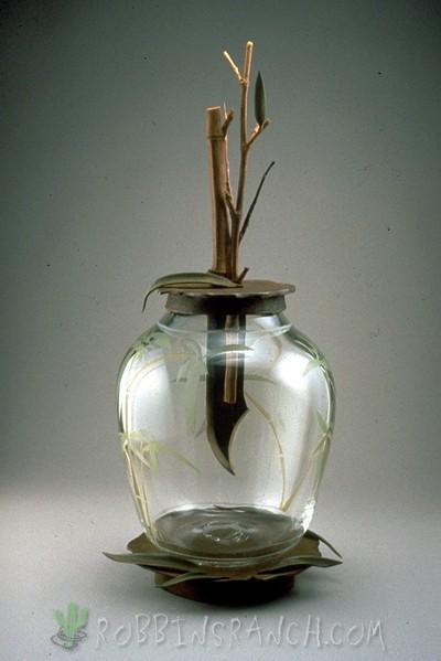 Dagger Vase